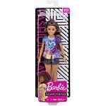 Barbie Fashionista barátnők - alacsony barna hajú farmer rövidnadrágban (kép 3)