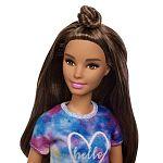 Barbie Fashionista barátnők - alacsony barna hajú farmer rövidnadrágban (kép 2)