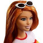 Barbie Fashionista barátnők - vörös hajú szivárvány mintás pólóban (kép 3)