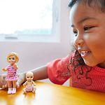 Barbie Skipper bébiszitter kistesók - Szőke hajú tesók (kép 2)