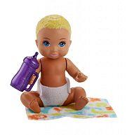 Barbie bébiszitter babák - Szőke bébi